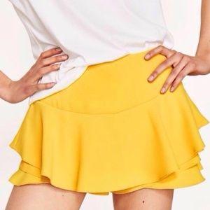 [Zara] yellow frilled ruffle shorts #HH14